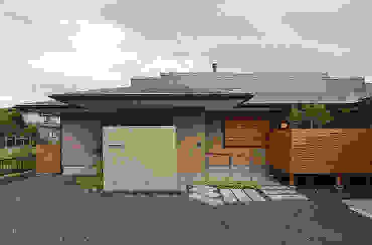 Modern houses by 松原正明建築設計室 Modern