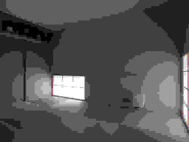 Asian style media room by 松原正明建築設計室 Asian