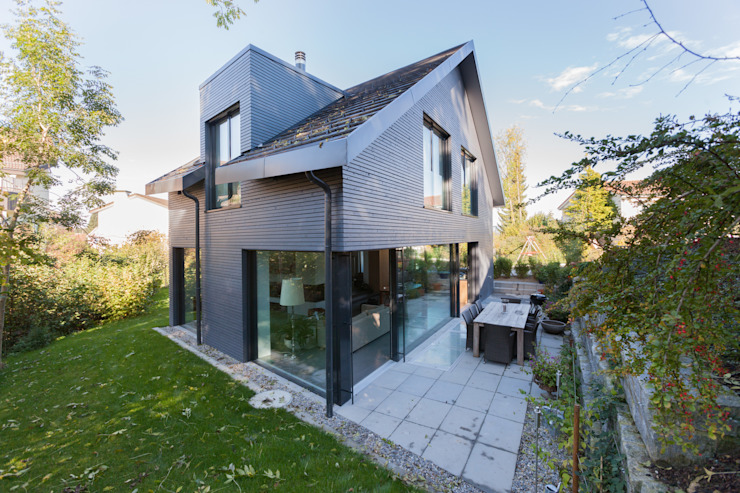Casas de estilo  por von Mann Architektur GmbH, Moderno