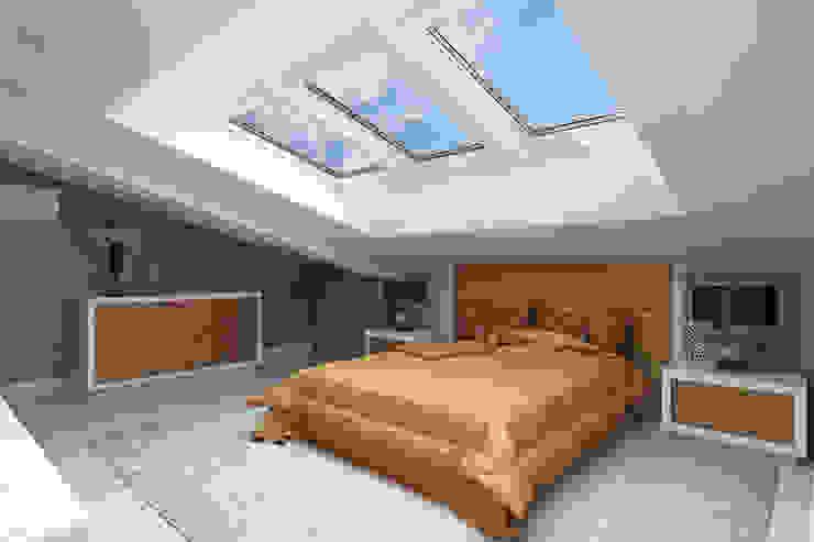 Квартира с мансардой Спальня в стиле минимализм от Александра Кудрявцева Минимализм