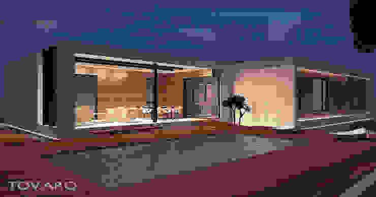 Vista nocturna de piscina Casas de estilo minimalista de TOV.ARQ Estudio de Arquitectura y Urbanismo Minimalista