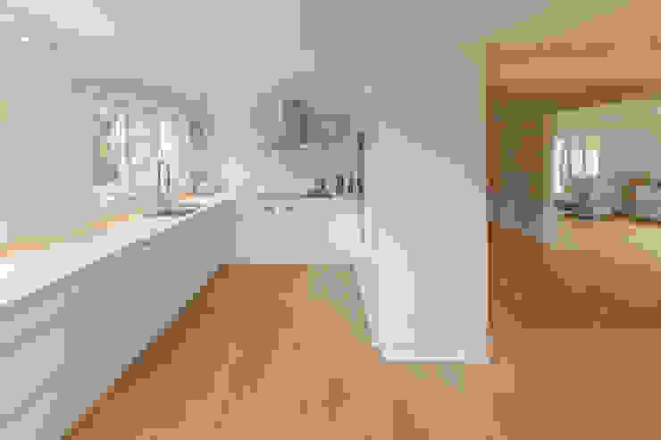 von Mann Architektur GmbH Cucina moderna