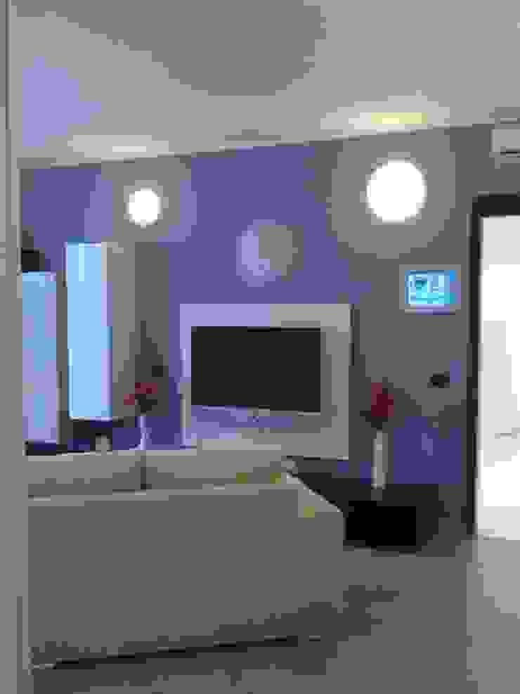MARA GAGLIARDI 'INTERIOR DESIGNER' Living roomLighting