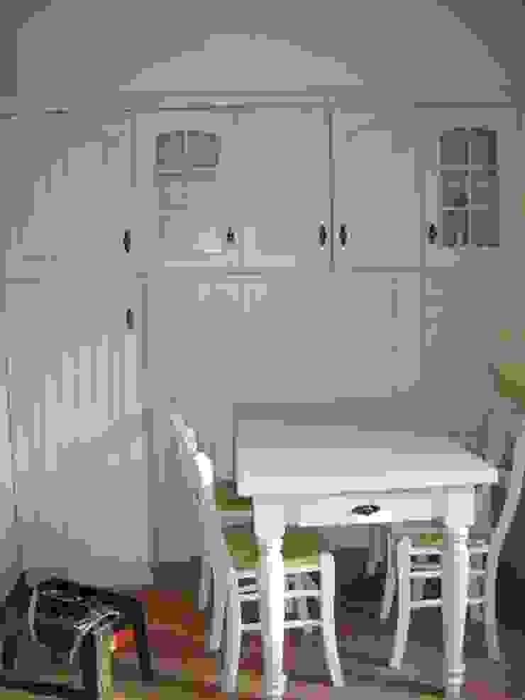 MARA GAGLIARDI 'INTERIOR DESIGNER' Classic style kitchen