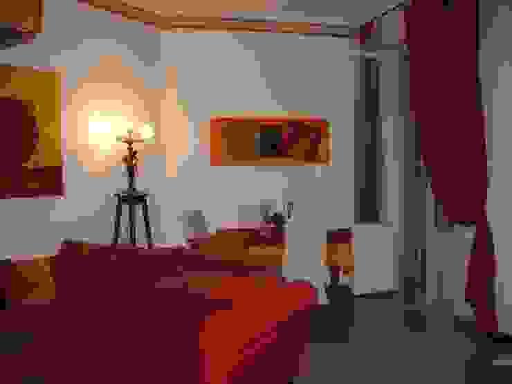 MARA GAGLIARDI 'INTERIOR DESIGNER' Classic style living room