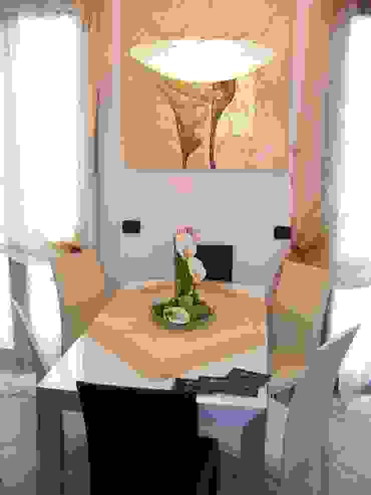 MARA GAGLIARDI 'INTERIOR DESIGNER' Dining roomTables