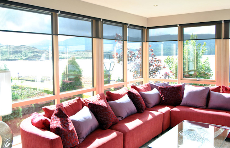 Sun Room CLAIRE HAMMOND INTERIORS Living roomSofas & armchairs