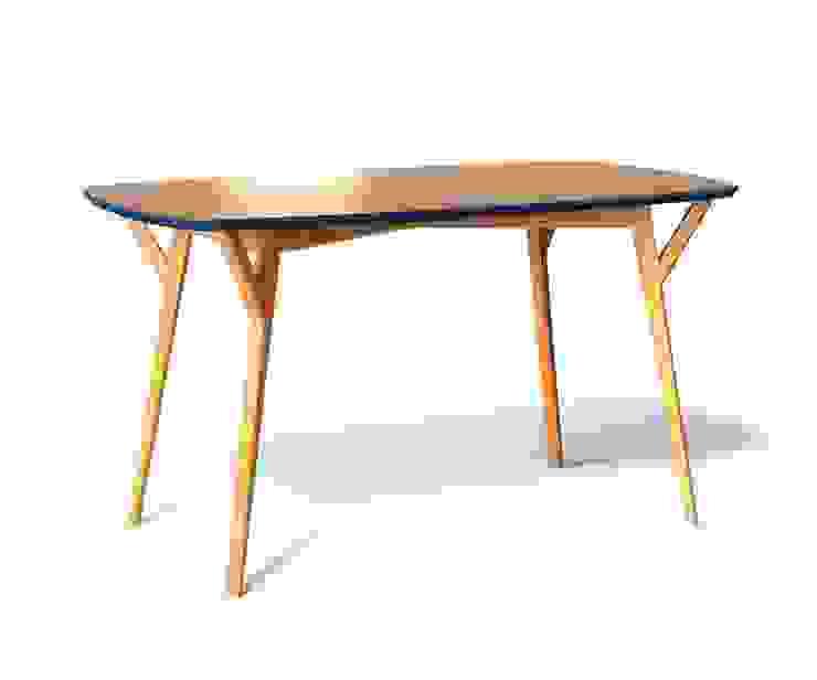 Обеденный стол PROSO от The Idea Скандинавский