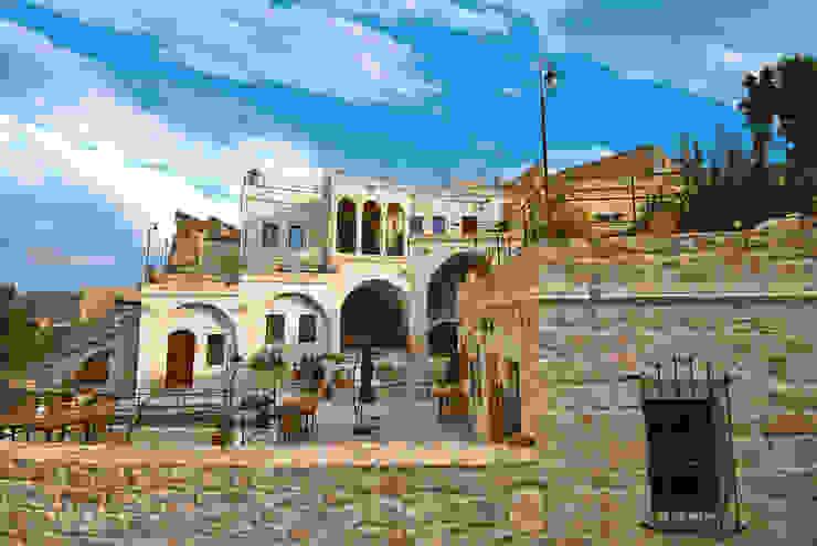 Erinal Mimarlık İnşaat Ltd. Şti Casas de estilo colonial