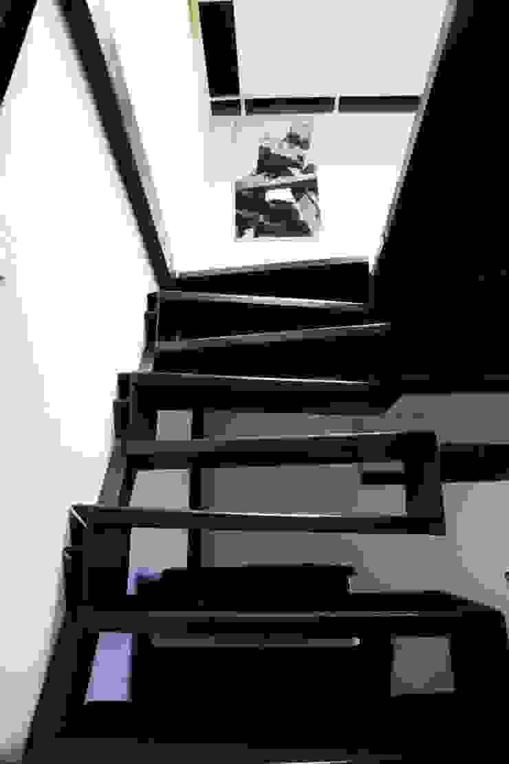 Лофт А2 Офисные помещения в стиле лофт от Мастерские проекта Про.Движение> Лофт