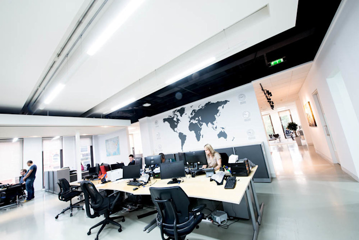 Modern office design using vinyl wall stickers and graphics Vinyl Impression Modern