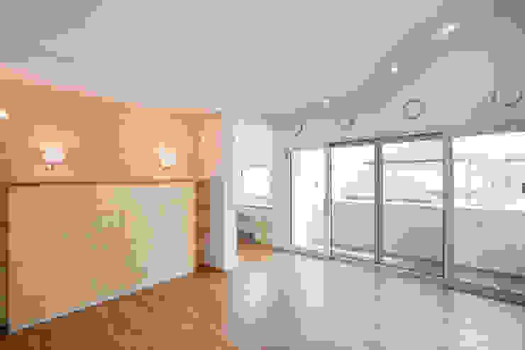 판교 호연당(好緣堂)주택 모던스타일 욕실 by (주)건축사사무소 아뜰리에십칠 모던