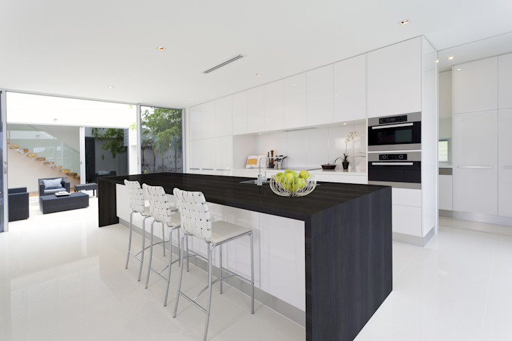 Kitchen by Gruppo Cosentino, Minimalist
