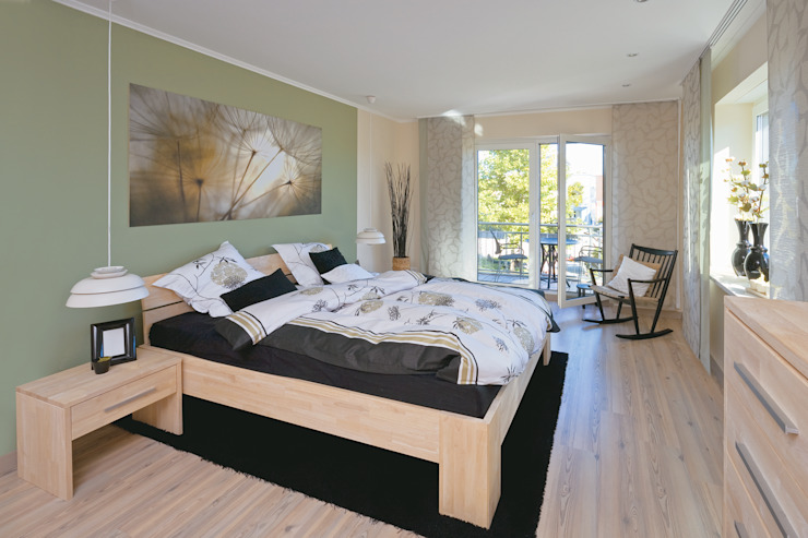 Bedroom by Danhaus GmbH, Country