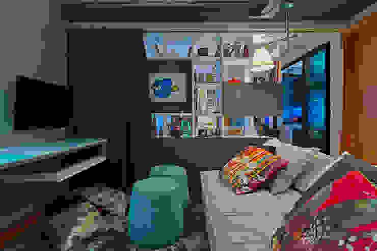 Escritório e Sala de TV Botti Arquitetura e Interiores-Natália Botelho Escritórios modernos