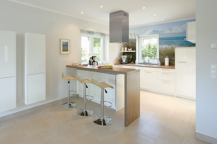 Kitchen by Danhaus GmbH, Country