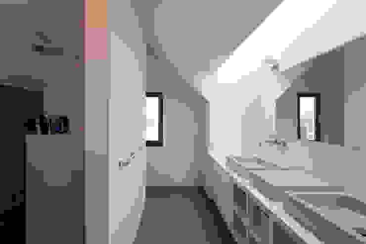 Woonhuis Kadoelen Amsterdam Noord Équipe architectuur en urbanisme Moderne badkamers