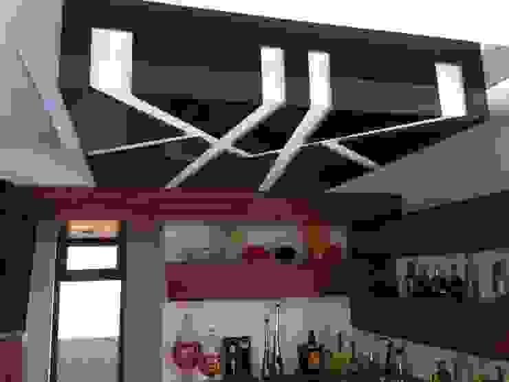 Salas de entretenimiento de estilo moderno de Hussein Garzon arquitectura Moderno Vidrio