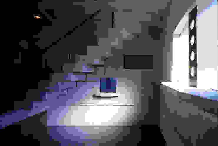 ギター練習場 オリジナルデザインの 多目的室 の 松井建築研究所 オリジナル