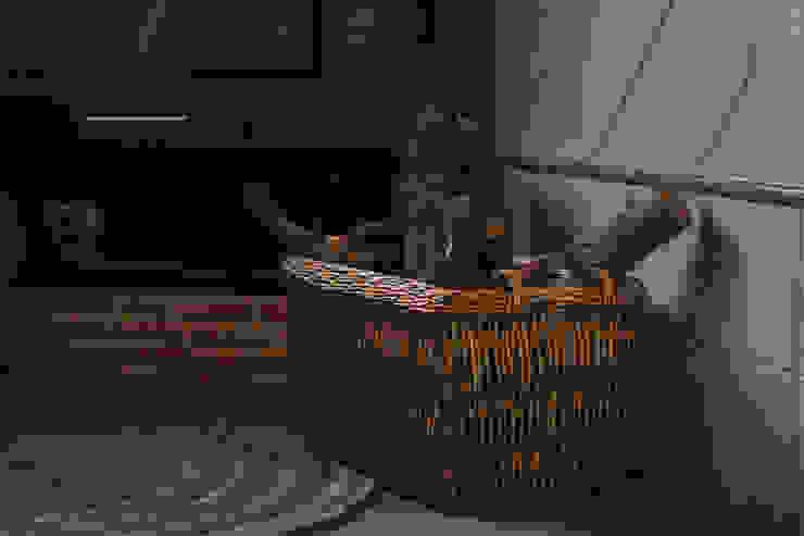 Canasto de mimbre para almacenar leña de Cesteria Aparici Rústico Ratán/Mimbre Turquesa