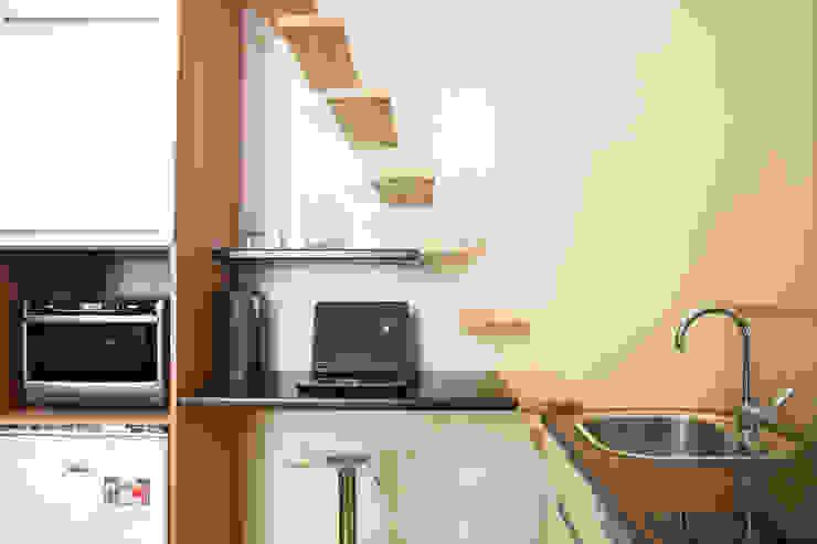 Modern study/office by MSD architecte d'intérieur Modern