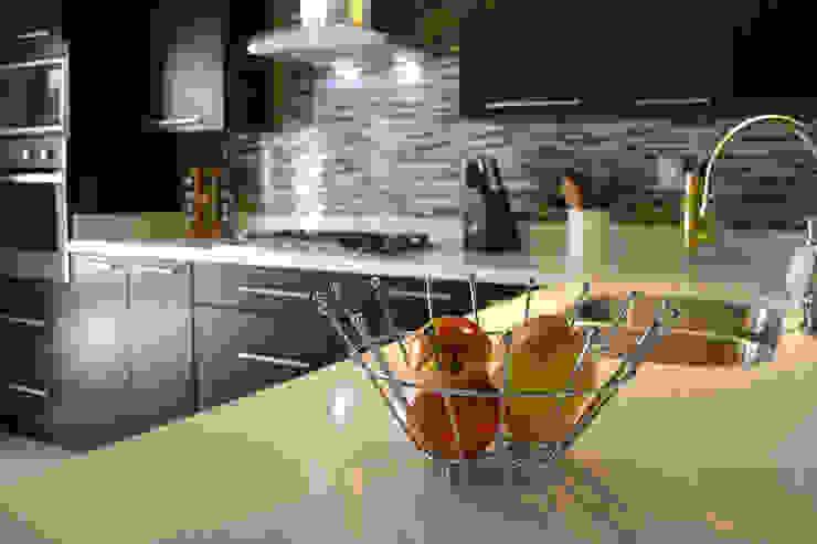 Cocina Thermofoil Espresso 7 Cocinas modernas de Toren Cocinas Moderno