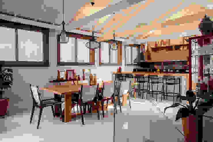 廚房 by Biarari e Rodrigues Arquitetura e Interiores,