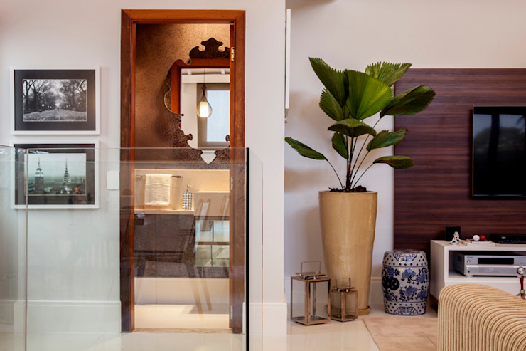 Lavabo por Biarari e Rodrigues Arquitetura e Interiores Moderno