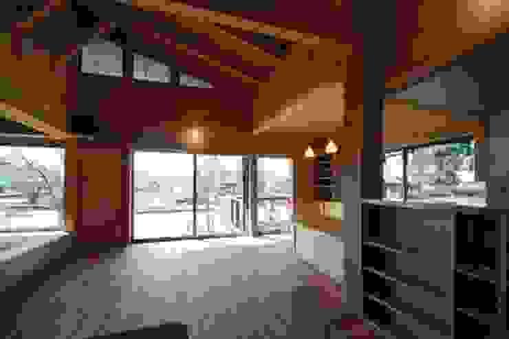 . 和風スタイルの 壁&フローリングデザイン の m_shiba 和風