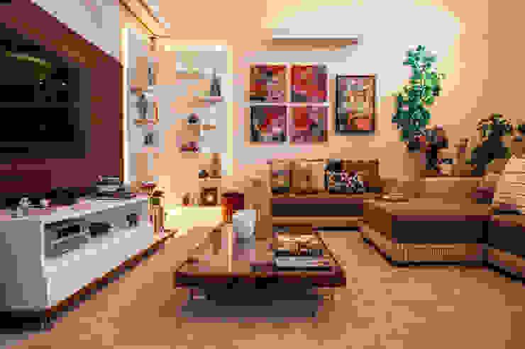 de Biarari e Rodrigues Arquitetura e Interiores Ecléctico