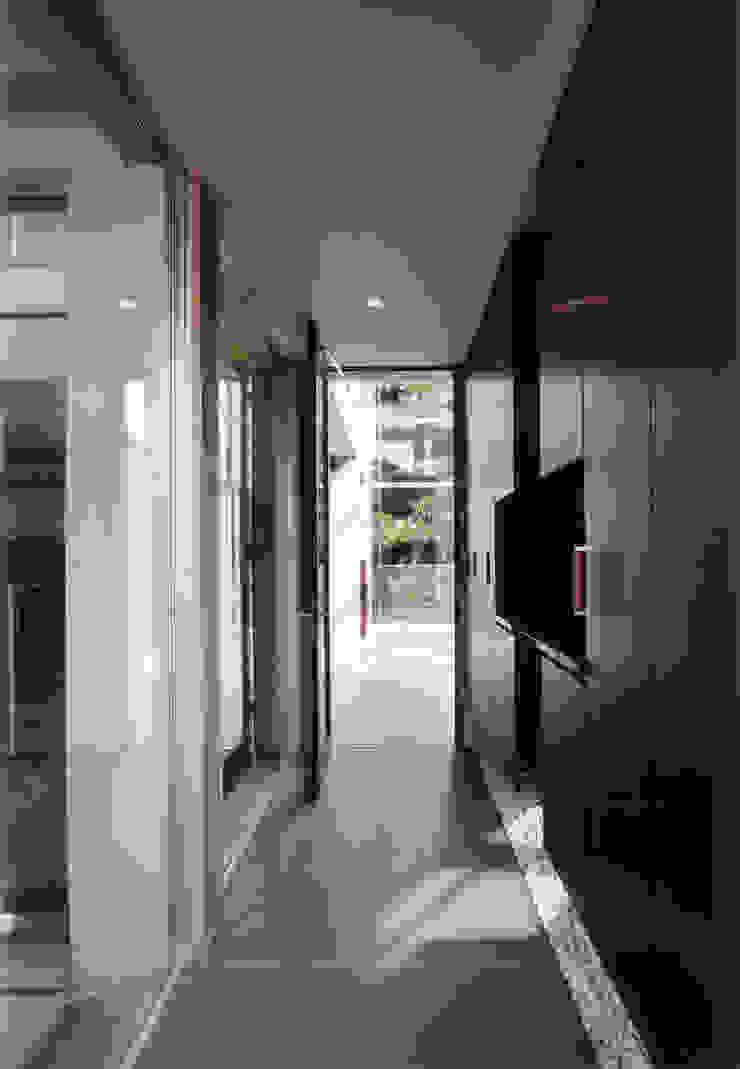 玄関ホール モダンスタイルの 玄関&廊下&階段 の 豊田空間デザイン室 一級建築士事務所 モダン