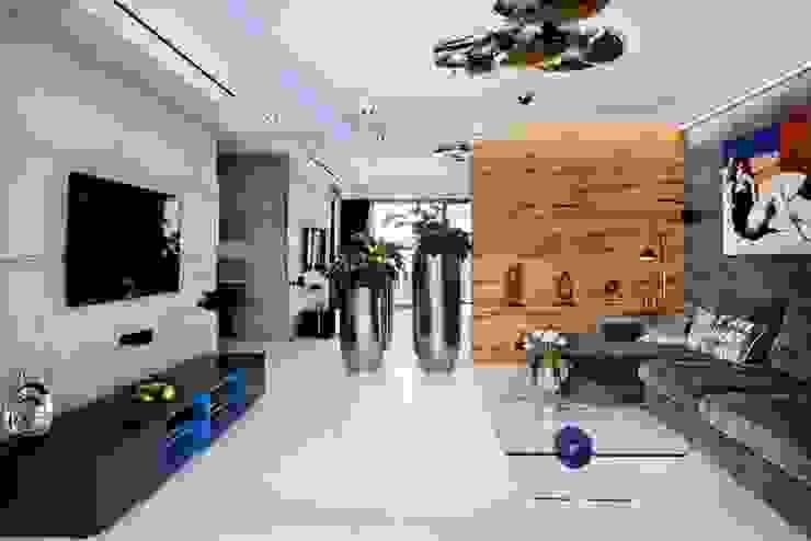 ART. – SPORT – RELAX  Warszawa - mieszkanie 90 m2 : styl , w kategorii Salon zaprojektowany przez TG STUDIO,Nowoczesny