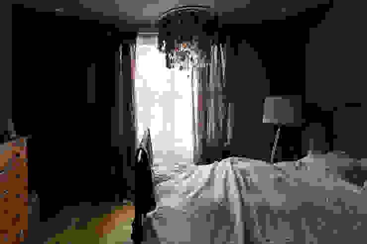 FLY オリジナルスタイルの 寝室 の 株式会社CAPD オリジナル