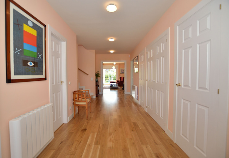Canexel Colonial style corridor, hallway& stairs Pink