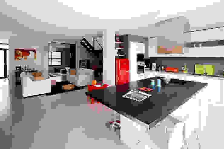 Cendrine Deville Jacquot, Architecte DPLG, A²B2D Modern style kitchen