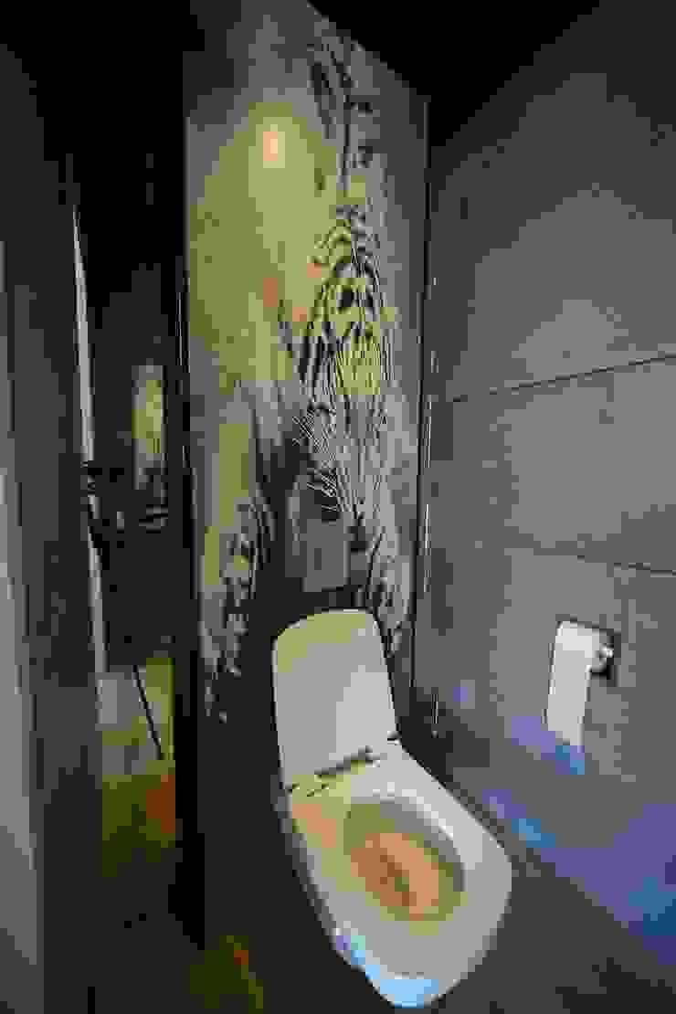 toilet benedenverdieping van Addition bv Industrieel