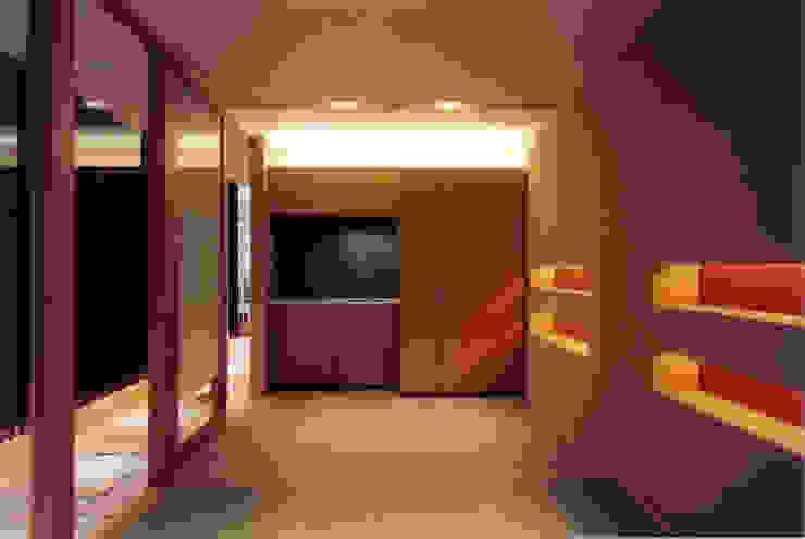 B1F ゲストルーム(和室) モダンデザインの 多目的室 の 豊田空間デザイン室 一級建築士事務所 モダン