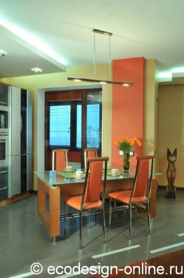 В ярких красках Кухня в колониальном стиле от Ольга Макарова (Экодизайн) Колониальный