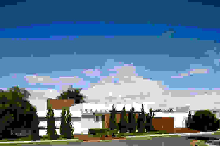 Casa Térrea Casas modernas por Ana Paula e Sanderson Arquitetura Moderno