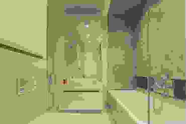 Warszawa Wilanów – mieszkanie 85 m kw. Nowoczesna łazienka od Casa Marvell Nowoczesny