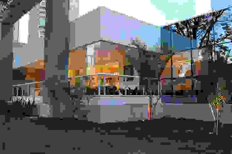 Apartamento Flamboyant Casas modernas por Ana Paula e Sanderson Arquitetura Moderno