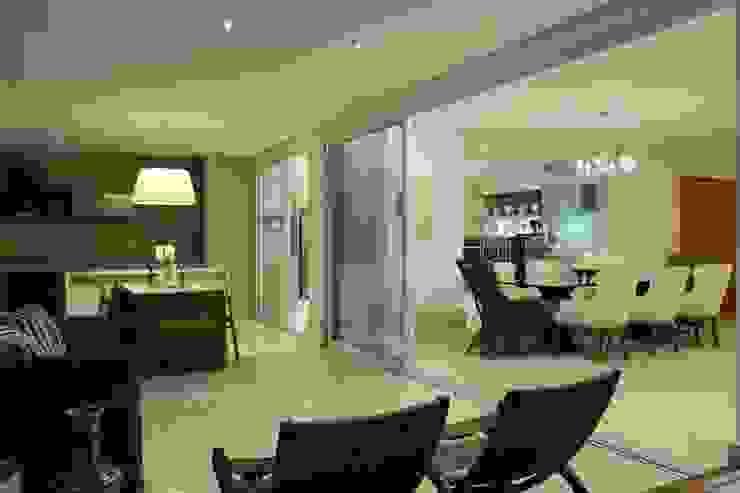Apartamento Flamboyant Varandas, alpendres e terraços modernos por Ana Paula e Sanderson Arquitetura Moderno