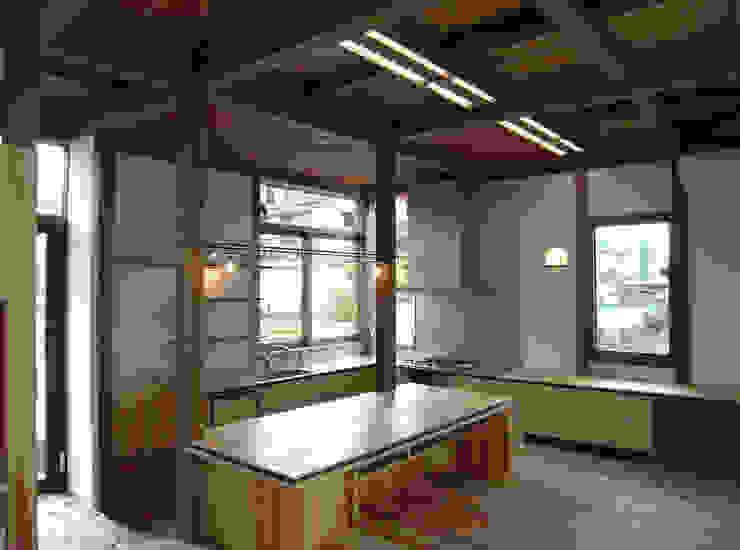 Rustik Yemek Odası Interstudio Architects & Associates Japan Rustik