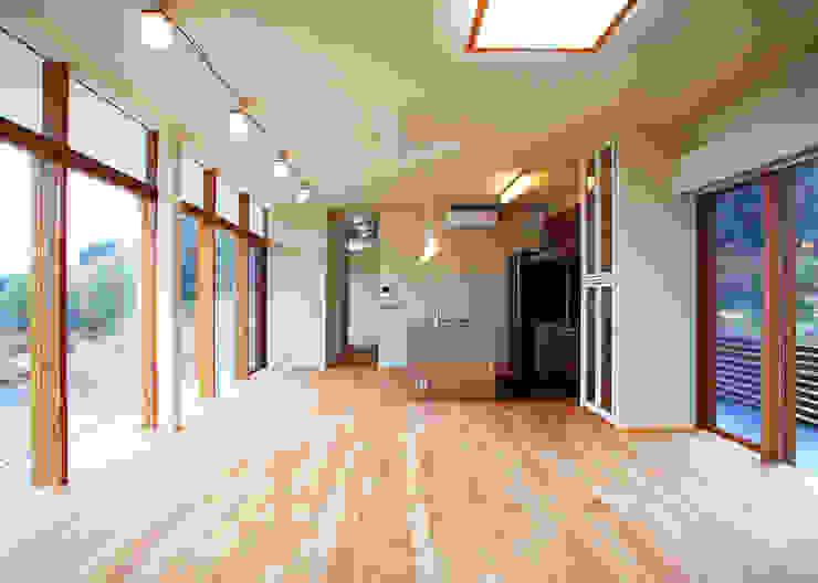 House in Mure モダンな キッチン の 高倉設計事務所 モダン
