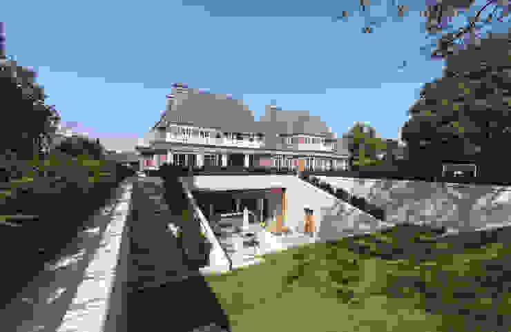 de Andreas Edye Architekten Moderno