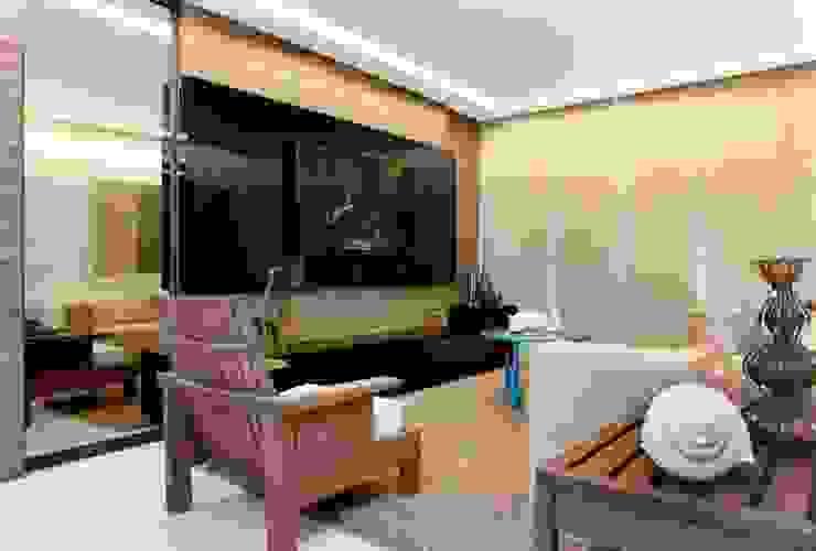 Em clima de veraneio Salas de estar rústicas por Carol Mendonça Arquitetura Rústico