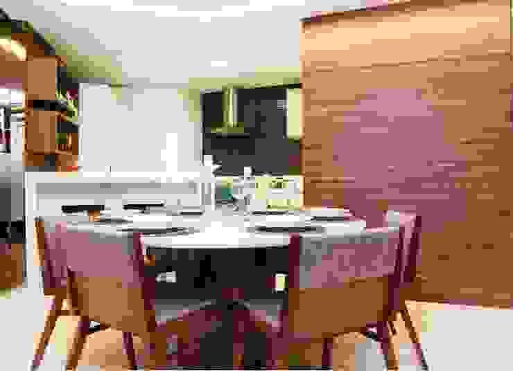 Em clima de veraneio Salas de jantar rústicas por Carol Mendonça Arquitetura Rústico
