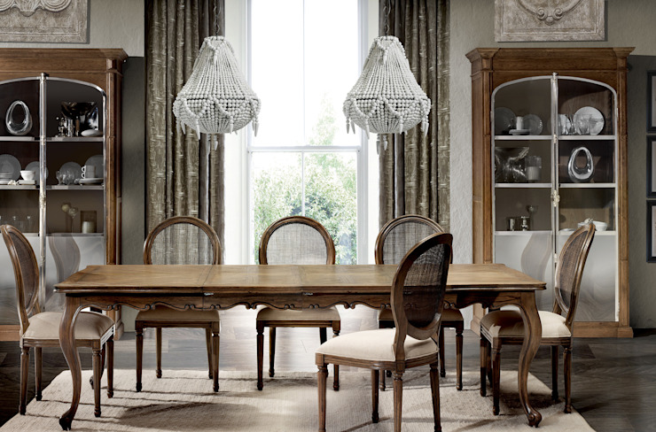Dining room by Keen Replicas