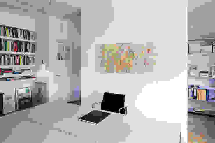 Werkkamer, nieuwe situatie:   door Voorwinde Architecten,