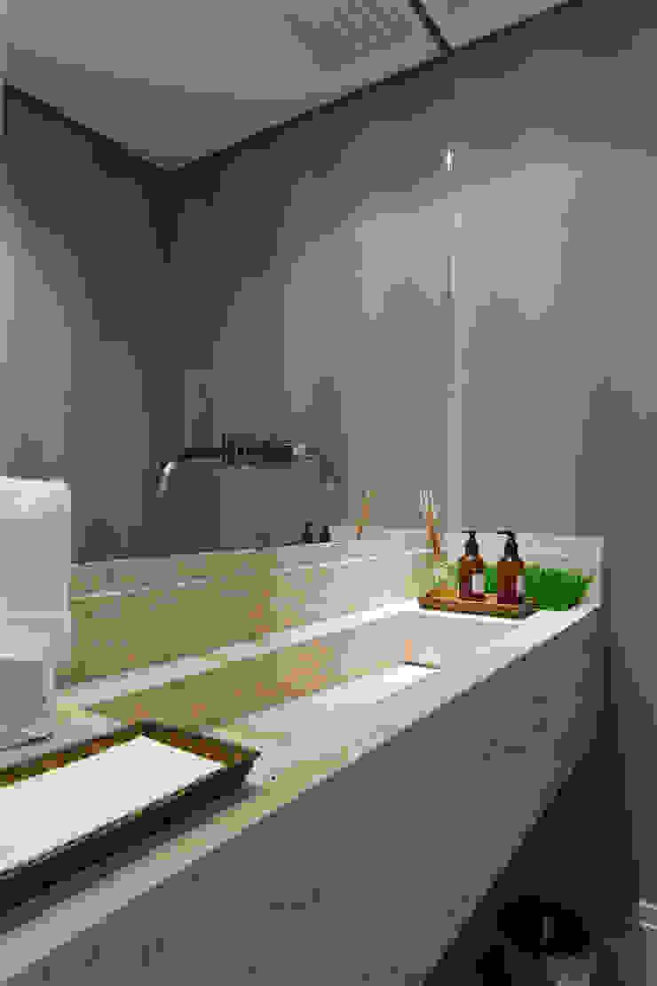 Lavabo Banheiros modernos por Karen Pisacane Moderno